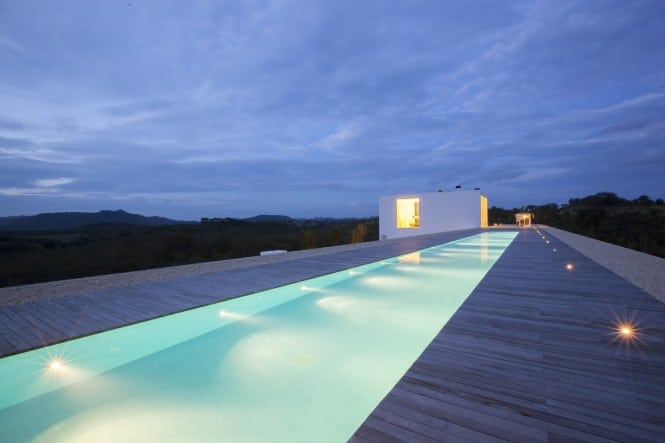 6-Outdoor-swimming-pool-665x443