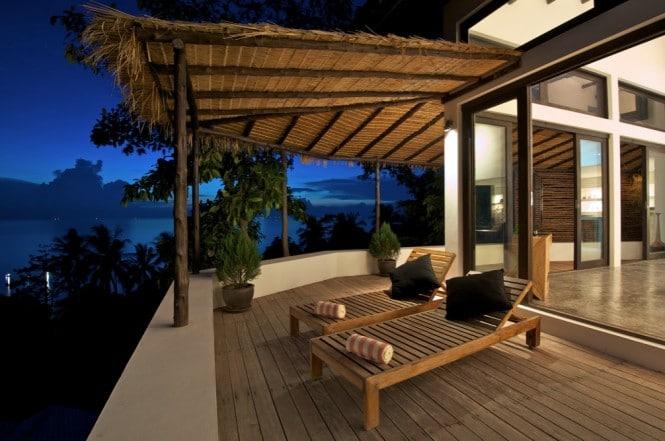sun-deck-loungers-665x441