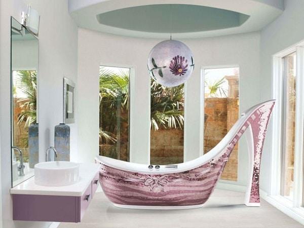 bathtub-audrey